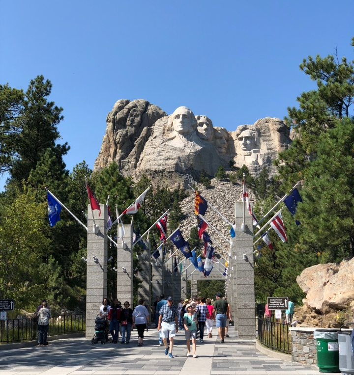 monument of Mount Rushmore - faces of U.S. Presidents George Washington, Thomas Jefferson, Abraham Lincoln and Theodore Roosevelt.